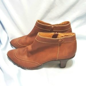 Sofft Brown Leather Bootie Boot Size 7.5